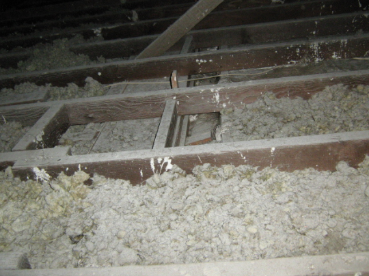 Loose Fill Asbestos Insulation